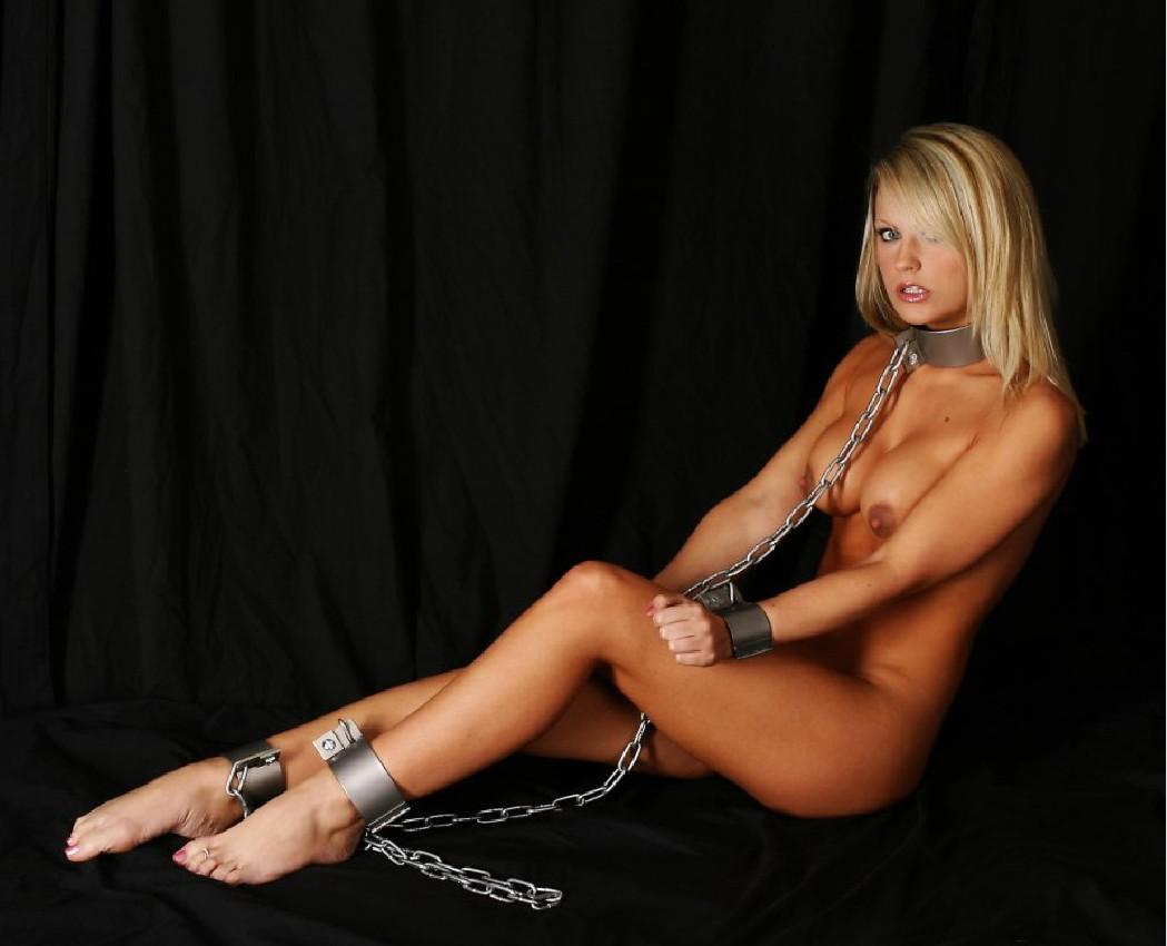 Эротика с красивыми сексуальными девушками закованных в цепи фото 10 фотография